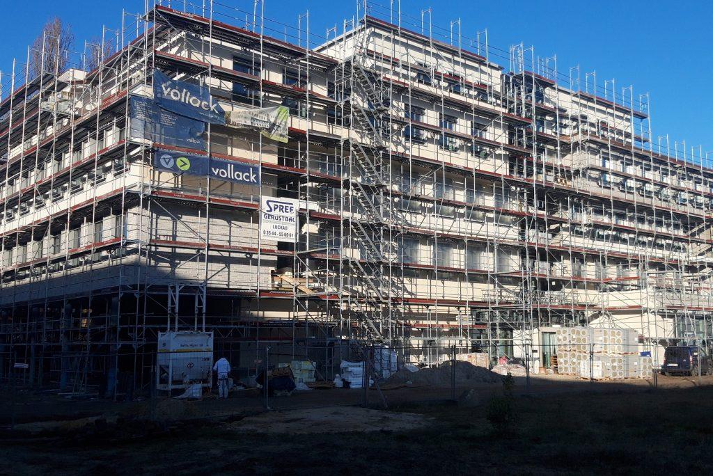 Projektmanagement zur Fertigstellung eines Bürogebäudes